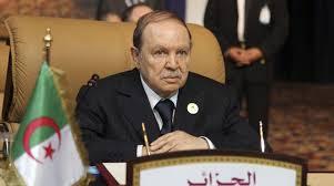 Demonstrasjonene i Algerie avdekker at det går mot slutten av en dødssyk presidents regjeringstid, ifølge Thierry Meyssan. Men fremtidsutsiktene er ikke gode.