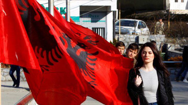 Kosovos statminister slår ihjel bl. a. norske løgner om Balkan-krigen.