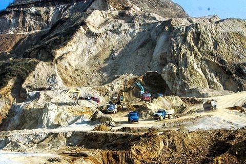 Vil Kina bruke sjeldne mineraler/metaller i en økonomisk konflikt med USA?